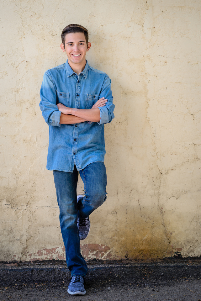 Highlands Ranch Photographer - Senior Picture